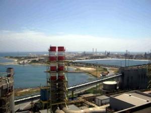 Il-petrolchimico-di-Brindisi-visto-dalla-centrale-Edipower
