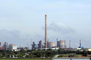 Ilva-Taranto-skyline